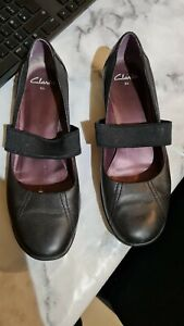Ladies Clarks leather Shoes Size 6.5