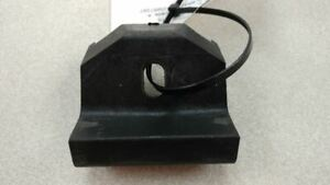 2008 CADILLAC STS BATTERY HOLD DOWN BRACKET OEM 43884