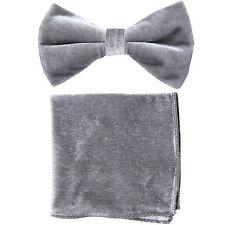 New in box formal men's pre tied Bow tie & Hankie Velvet Silver Gray