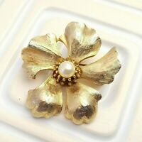 Faux Pearl Flower Brooch Vintage Gold Tone Costume Jewelry Lapel Pin Modernist