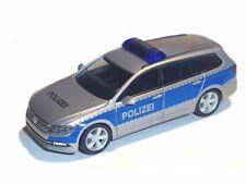 Herpa 929479 VW Passat B8 Polizei Hamburg Sondermodell limitiert 1:87 Neu