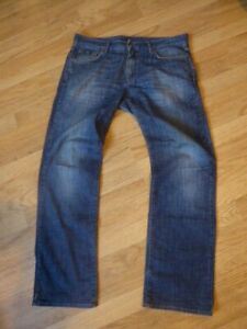 mens HUGO BOSS jeans - size 36/32 good condition