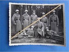 Foto Soldaten frühe Wehrmacht Stahlhelm M 16 hellgrau