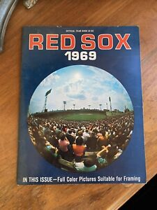 1969 Boston Red Sox Official Yearbook Yastrzemski Fisk