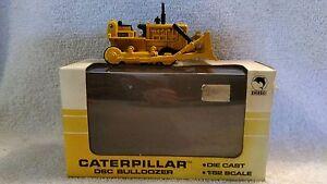 1:52 scale Shinsei Die-cast Caterpillar D6C Bulldozer stock #4113 with Box