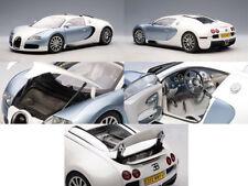 AutoArt Bugatti Veyron Pearl / Blue 1:18 Scale Diecast Model 70908