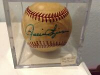 Rollie Fingers Autographed baseball SD Padres 1980