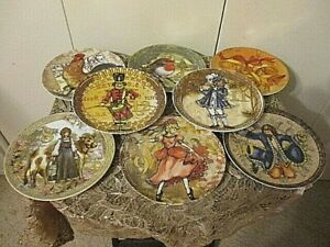 Pottery Barn 12 Days of Christmas Holiday Plate Set of 8 Dessert Plates 7.25""