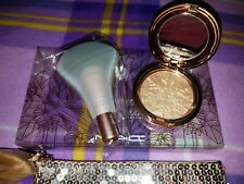 MAC Cosmetics Snow Ball Holiday 2017 Whisper of Gilt Gold Face Bag