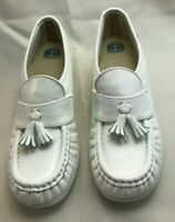 Women's NEW SAS Loafers Shoes Size 7N White Leather Kiltie Tassels Display