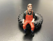 AT COLLECTIONS FIGURES 1:32 SCALE PASCAL EXCAVATOR DRIVER DIGGER DRIVER FIGURE
