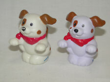 Fisher Price Little People 2 x Figur - Hund creme und weiss