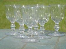 Service de 6 verres à apéritif verre taillé. XIXe s Forme tulipe à côtes creuses