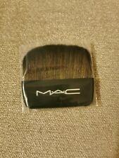 MAC Cosmetics brush on / Face powder Travel Size Brush Brand New