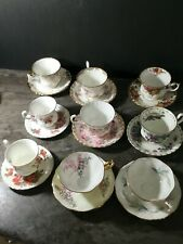 LOT OF ROYAL ALBERT CUPS AND SAUCERS - 9