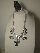 Paparazzi jewelry silver color necklace