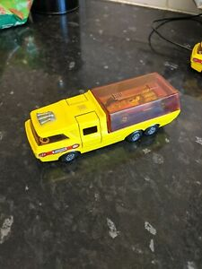 MATCHBOX SUPER KINGS RACING CAR TRANSPORTER AND RACING CAR, K-7