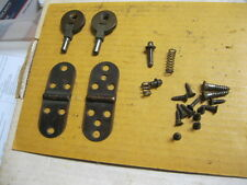 VINTAGE SINGER SEWING MACHINE  HEAD & LID HINGES W/SCREWS, SPRINGS & PINS
