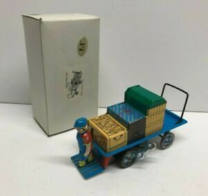 Collectible Keyed Tin Litho Wind Up Train Cart with Conductor MS246