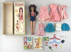 1963 Barbie's Sister Skipper Original Box Shoes Booklet Swimsuit Clothes Vintage