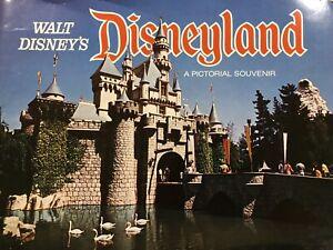 Walt Disney Vintage Disneland Pictorial Souvenir Brochure 1973