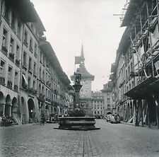 SUISSE c. 1940 - Voitures Tour de l'Horloge Fontaine de l'Ours à Berne - DIV8340
