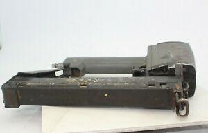 Senco SKS Medium-Heavy Wire Pneumatic Stapler 16-Gauge FOR PARTS ONLY