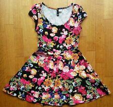 Ladies TOP H&M DIVIDED Black Floral Cotton Elastane SMALL UK 10 EUR 36 US 6 NWOT