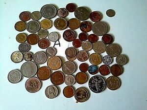 QUANTIY of  about 50 WORLD COINS( my dr 3)
