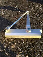 Global Door Controls Commercial Door Closer In Aluminum With Backcheck - Size 3