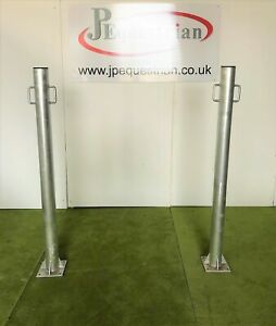 Pair Galvanised Steel Equestrian Tie Post / Equine Grooming Post