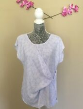 a.n.a Knotted Front Top Womens Size Medium Keyhole Back Blue White Side slits