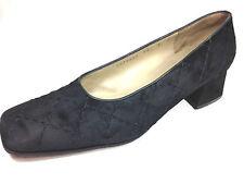 Salvatore Ferragamo Women's Classic Heels Suede Black Shoe Size 8 US.