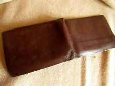 True Vtg 70s Brown Cowhide Leather Bifold  Luscious Beatin in WALLET