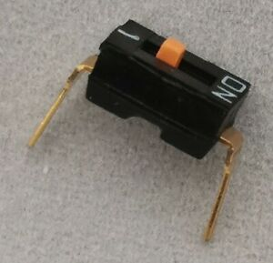 10 X NEW A6T-1104 / A6T1104 Omron, DIP Switches 1 POS Raised Actuator