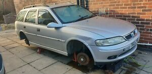 Vectra B Estate 2.0 Auto GLS Breaking, All Parts Available