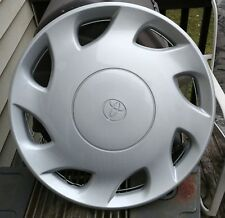 """NOS OEM 98 99 00 Toyota Sienna 15"""" Wheel Cover Hubcap #42621-AE010 Free S&H Nice"""