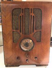 Antique Grunow Superheterodyne  Free Standing Radio Model 580