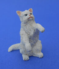 Miniature Dollhouse White Sitting Persian Cat 1:12 Scale New