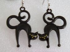 SHINY BLACK SCARED CAT PIERCED EARRINGS CLASSIC ARCHED BACK & KITTY TAIL CURLED