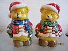 Christmas Bears Salt & Pepper Shaker Set b133