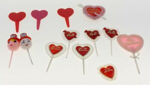 Vintage Valentine's Day Plastic Picks 1950s? Cake Sandwich hor dourves 13 Pieces