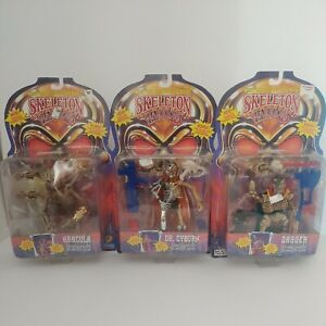 VTG Skeleton Warriors Action Figure lot ARACULA Dagger Dr Cyborg Playmates 1994