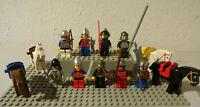 ( i 2 ) LEGO FIGUREN 8 RITTER MIT WAFFE UND KOPFBEDECKUNGEN + 2 PFERDE