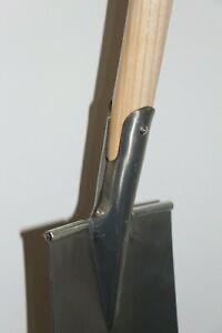 BAUSPATEN Damenspaten gehärteter Stahl +  T - Stiel Buche + Trittschutz