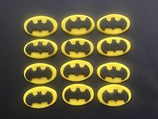 12 EDIBLE CAKE TOPPERS CUPCAKE DECORATIONS BIRTHDAY PARTY SUPERHERO BATMAN DISCS