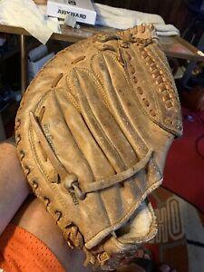 Louisville Slugger 'The Big Hook' First Baseman Glove LSF100 Right Hand Thrower