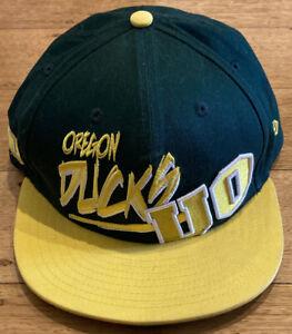 Oregon Ducks New Era 9Fifty College Snapback Hat Cap Green Yellow