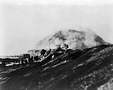 New 8x10 World War II Photo: 2nd Battalion, 27th Marines Landing on Iwo Jima