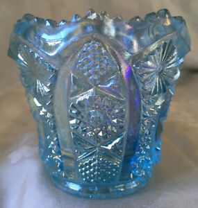 Vintage Imperial Carnival Glass Ice Blue Daisy & Button Toothpick Holder